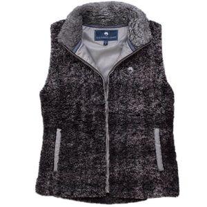 NWT Southern Shirt Co Fuzzy Sherpa Vest Dark Gray